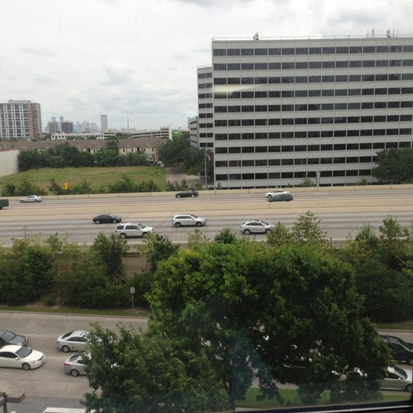 Photo taken at Sheraton Suites Houston Near The Galleria by Salem H. on 5/25/2013