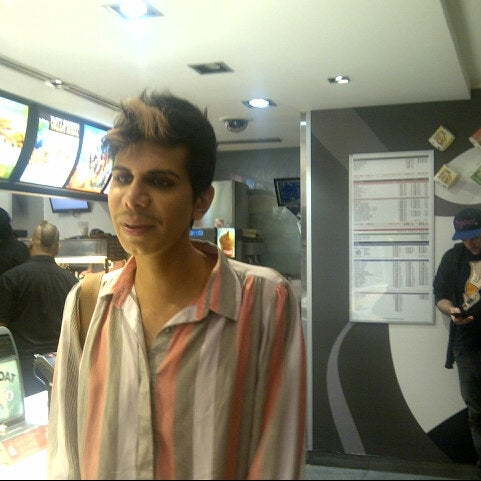 Photo taken at McDonald's by Catalina V. on 4/27/2013