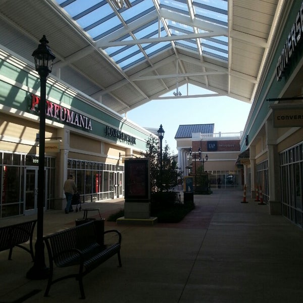 Photo taken at Mebane Tanger Outlets by Luiz S. on 10/1/2013