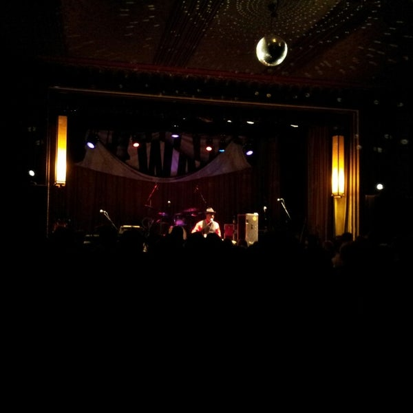 Photo taken at The Beachland Ballroom & Tavern by Rodney H. on 2/28/2013