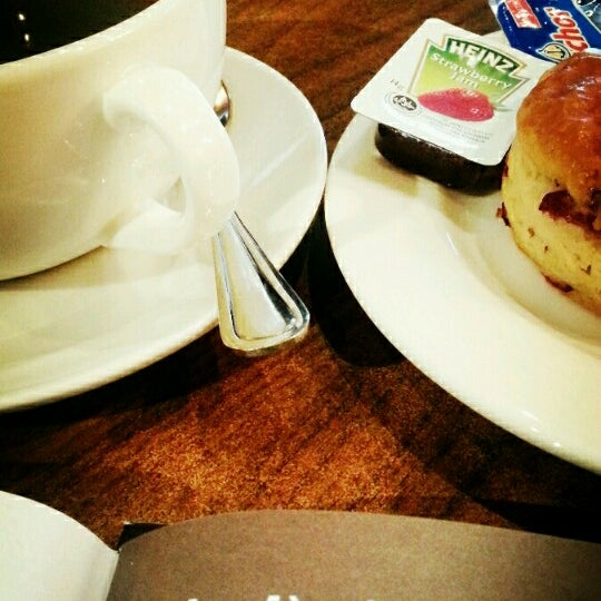 Photo taken at The Coffee Bean by Tan W. on 7/7/2014