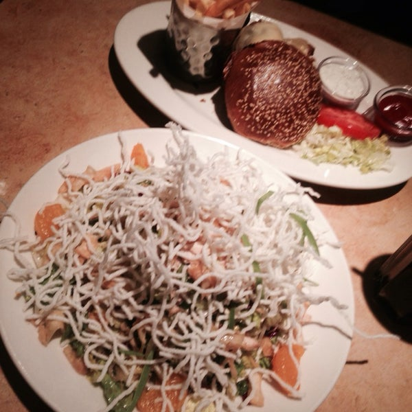 Photo taken at Cheesecake Factory by Heidi B. on 2/13/2014
