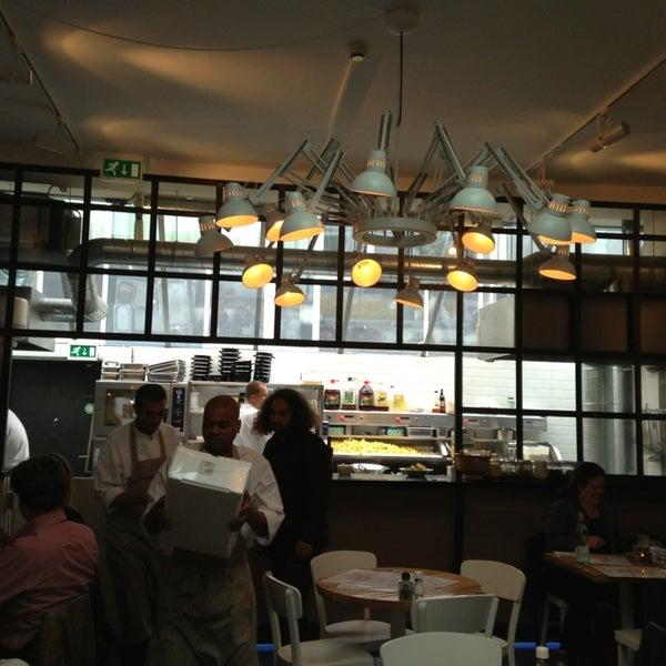 The seafood bar museumkwartier van baerlestraat 5 for Seafood bar van baerlestraat