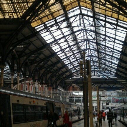 Photo taken at London Liverpool Street Railway Station (LST) by Lettie on 7/6/2012