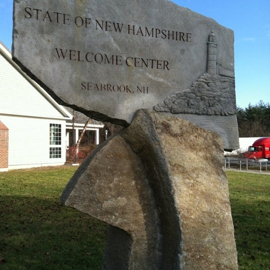 Photo taken at Seabrook Rest Area & Welcome Center by Marta V. M. on 12/28/2011