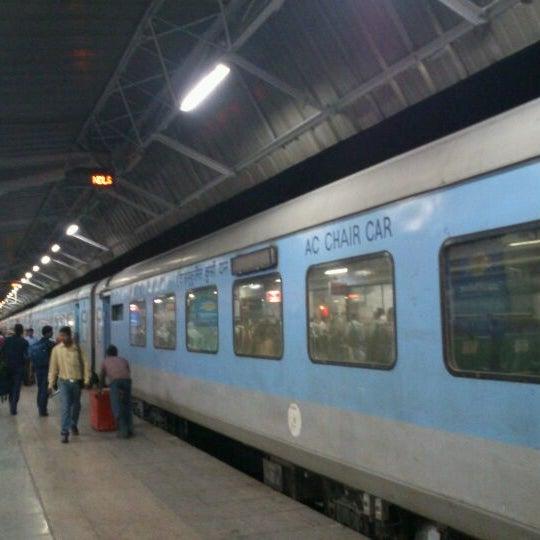 Photo taken at New Delhi Railway Station (NDLS) by Amrishu K. on 5/13/2012