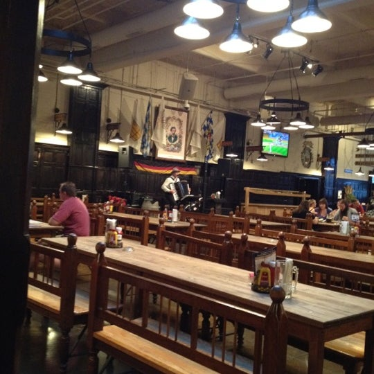 Photo taken at Hofbräuhaus Newport by David O. on 7/18/2012