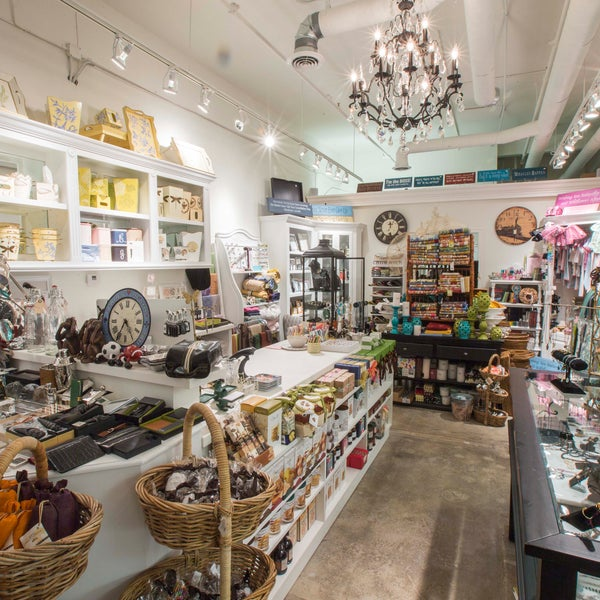 Brentwood General Store North Of Montana Santa Monica Ca