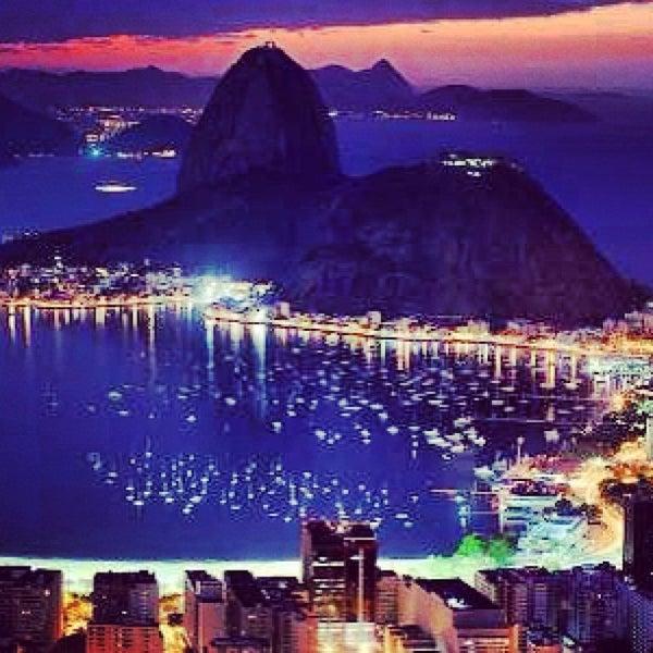 Photo taken at Rio de Janeiro by Elen C. on 6/20/2013