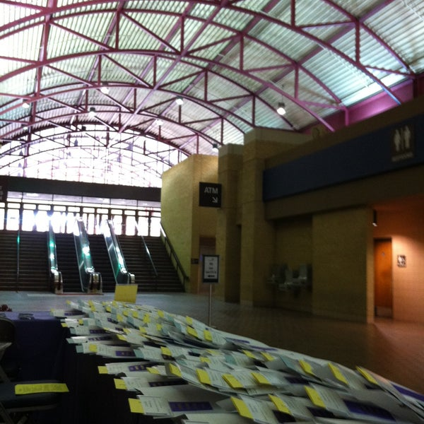 Photo taken at Amon G. Carter Jr. Exhibits Hall by Barbara G. on 4/18/2013