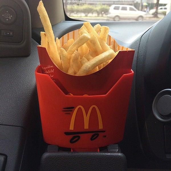 Photo taken at McDonald's by Munir A. on 8/14/2014