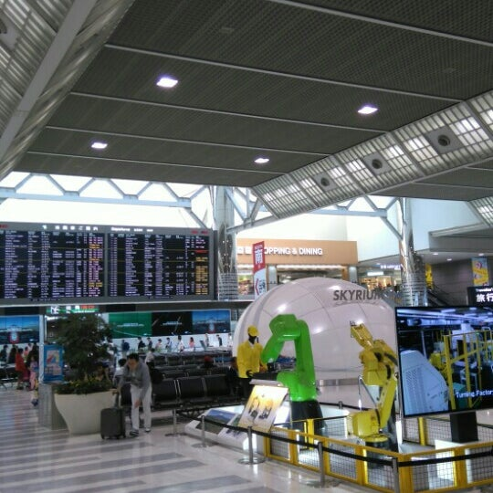 Photo taken at Departure Hall - NRT Terminal 2 by T K. on 4/25/2016