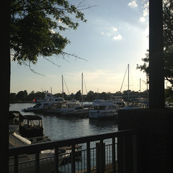 Photo taken at Phillips Seafood by Jessica T. on 6/1/2013