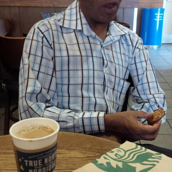 Photo taken at Starbucks by Phil B. on 8/18/2013