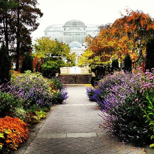 Photo taken at Enid A. Haupt Conservatory by Odelia L. on 11/3/2013