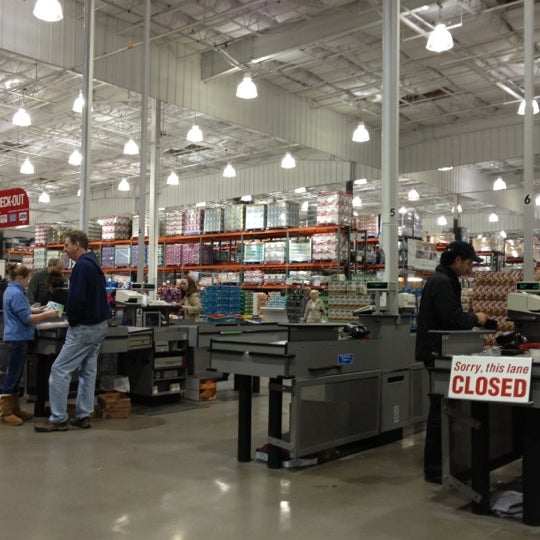 In Store Costco: Department Store