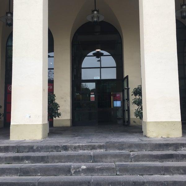 Foto tomada en Cámara de Comercio e Industria por cuadrodemando (. el 12/15/2016