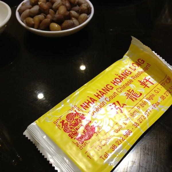 Photo taken at Hoằng Long Restaurant by Hai Ha T. on 2/22/2014
