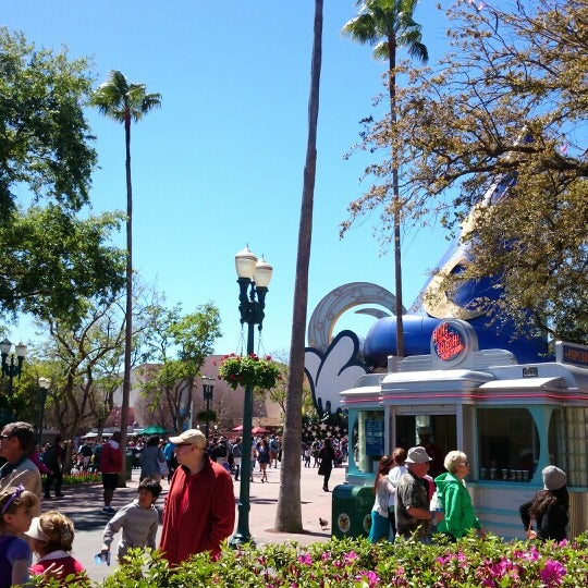 Photo taken at Disney's Hollywood Studios by Randall S. on 3/13/2014