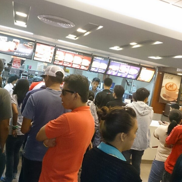 Photo taken at McDonald's by Erroll R. on 7/11/2013