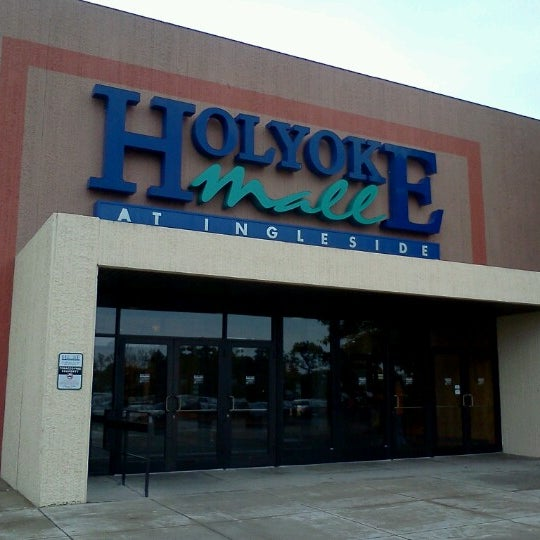 Photo taken at Holyoke Mall at Ingleside by E Shige on 10/14/2012
