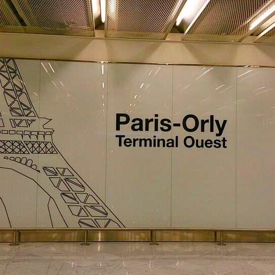 Photo taken at Aéroport de Paris-Orly (ORY) by Julien H. on 9/30/2013