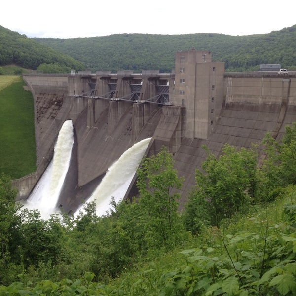 Photo taken at Kinzua Dam by Jérôme P. on 6/4/2014