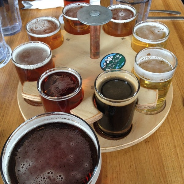Photo taken at Snake River Brewery & Restaurant by Philip M. on 3/16/2014