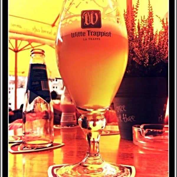 Photo taken at Jeronimus eet & borrel café by Robbert v. on 9/9/2014