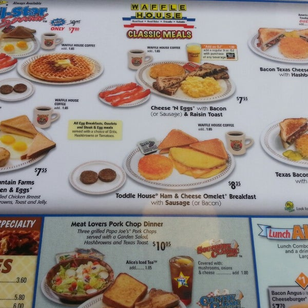 Photo taken at Waffle House by Valencia G. on 5/5/2013