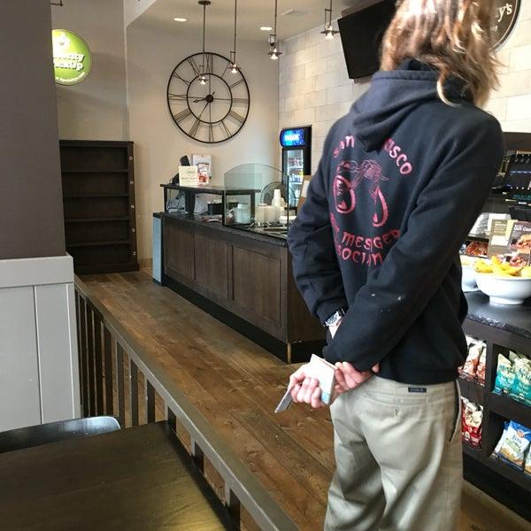 Photo taken at Peet's Coffee & Tea by Jon S. on 9/14/2016