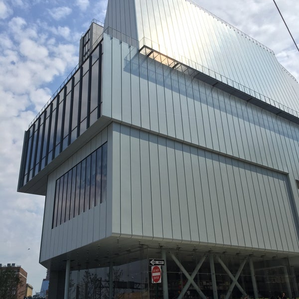 Photo taken at Whitney Museum of American Art by Ting on 7/26/2015