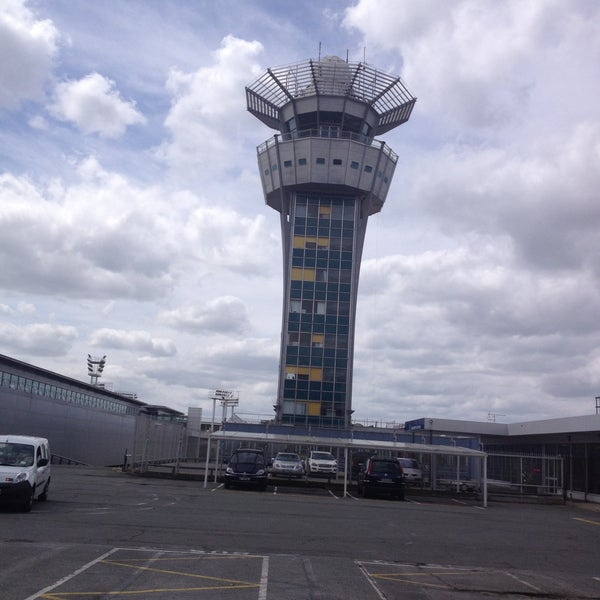 Photo taken at Aéroport de Paris-Orly (ORY) by Tibo on 5/9/2013