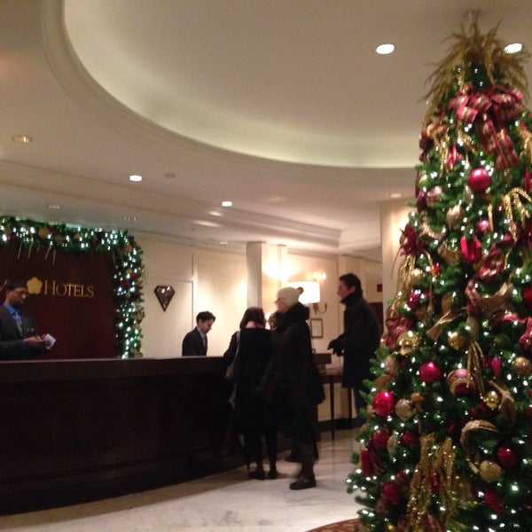 Photo taken at Omni Berkshire Place by Emma G. on 12/29/2013