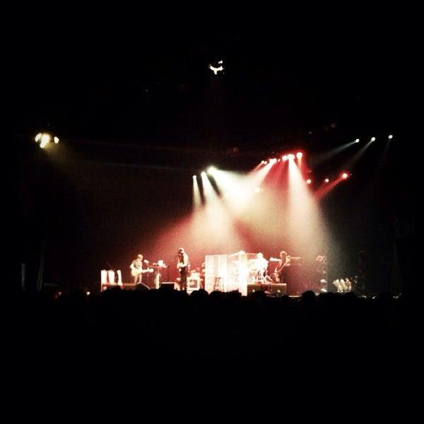 Photo taken at Heineken Music Hall by FWB on 7/1/2013