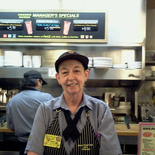 Photo taken at Waffle House by Roy S. on 4/5/2014