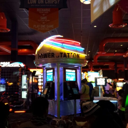 Photo taken at Dave & Buster's by Matt H. on 1/4/2014