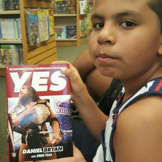 Photo taken at Barnes & Noble by Zeus S. on 7/22/2015