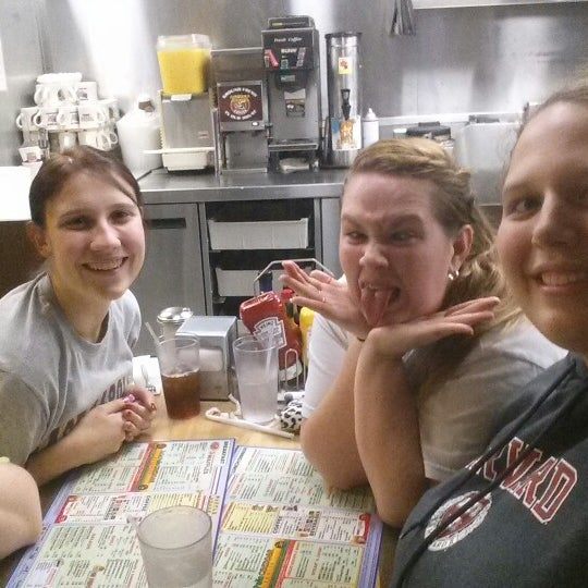 Photo taken at Waffle House by Sarah E. on 10/30/2013