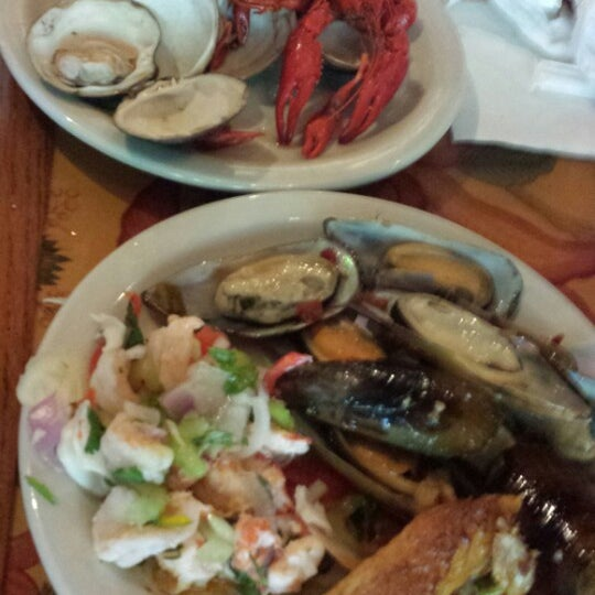 Photo taken at Phillips Seafood by Al Y. on 7/2/2013