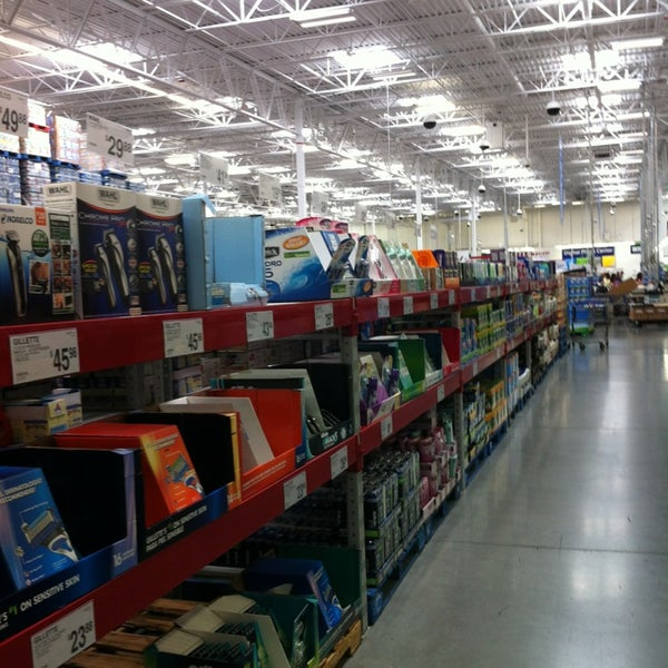 Photo taken at Sam's Club by May P. on 8/5/2013