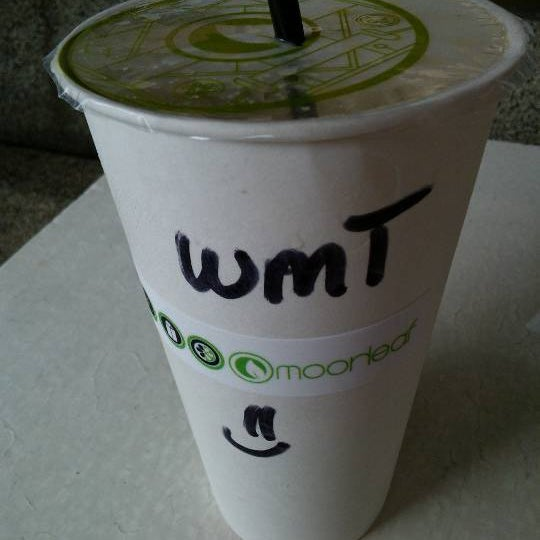 Photo taken at Moonleaf Tea Shop by Erwin john D. on 1/27/2013