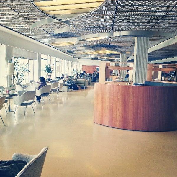 Sala vip puerta de alcal aeropuerto madrid madrid for Puerta 6 aeropuerto ciudad mexico