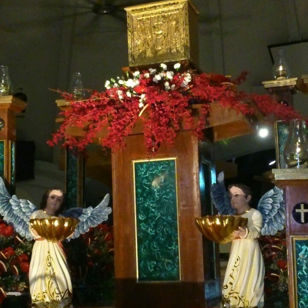 Photo taken at Sto. Niño de Paz Community Chapel by Jojo B. on 4/17/2014