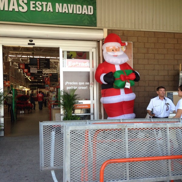 The Home Depot Now Closed Hardware Store In Mazatlan
