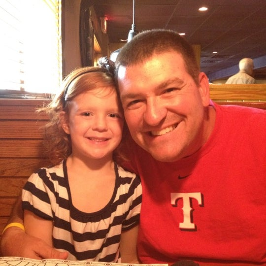 Photo taken at Outback Steakhouse by Kevin R. on 8/25/2012