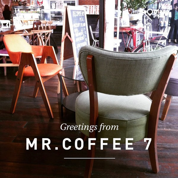 Photo taken at MR.COFFEE by ⛳ OffSidE ™ on 6/18/2015