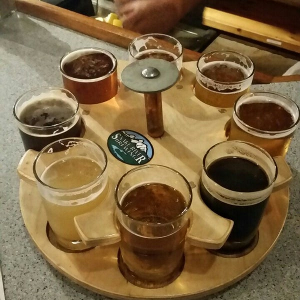 Photo taken at Snake River Brewery & Restaurant by Ryan G. on 8/12/2015