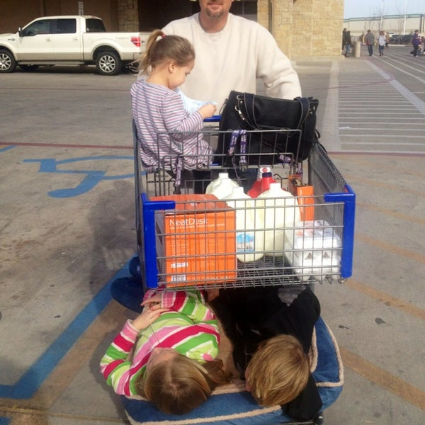 Photo taken at Sam's Club by Karin S. on 12/24/2012