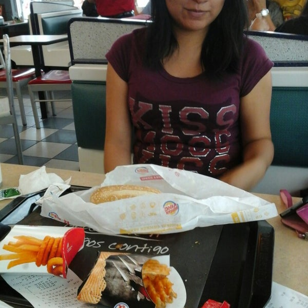 Photo taken at Burger King by Inmaculado G. on 8/9/2013